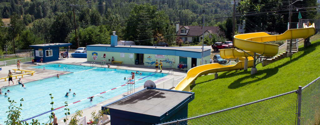 Village of Warfield Centennial Pool